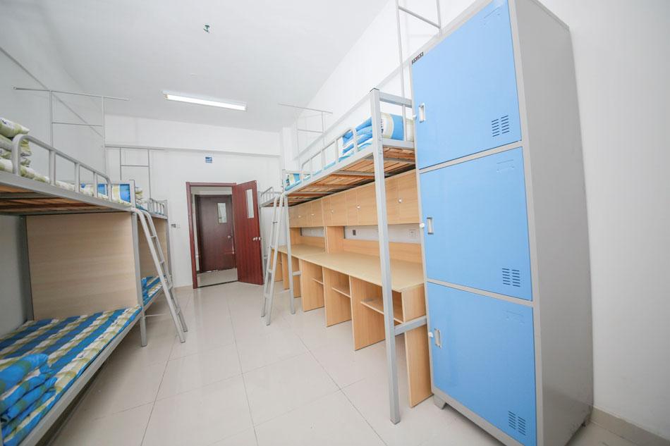 南京新华电脑学院-后勤保障