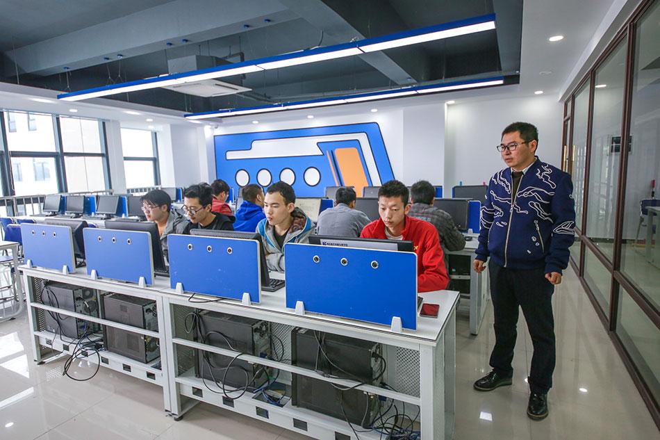 计算机组装与维护实战室