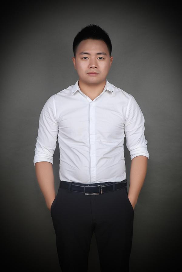 华铭健康有限公司-总经理-卢冬冬.jpg