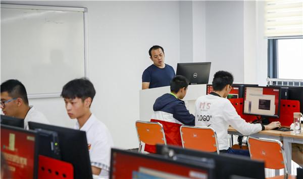 南京计算机学校那里好?