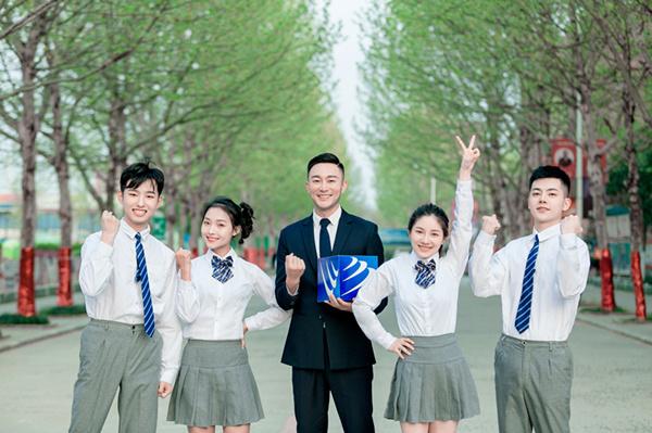 年前择校,为啥家长都来南京新华实地考察?