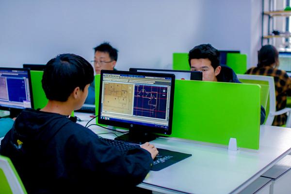 教学篇丨学技术为什么选择南京新华