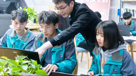 【媒体关注】国家发布16个新职业—人工智能看新华