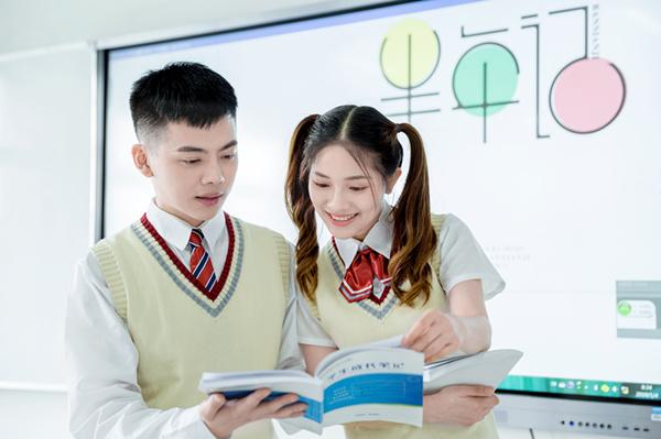 适合女生学习的专业,就业率高前景好,学起来有优势