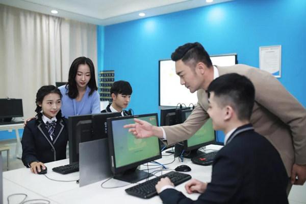 学好互联网技术 高中生也能找好工作
