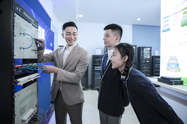 苏州职业技校