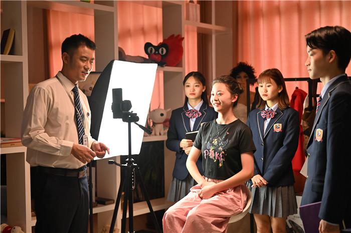 新华专业说影视动漫专业——用技术雕琢艺术梦想的专业