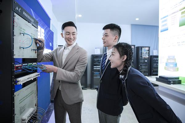南京高中毕业学点什么技术好?快速学技能,好就业
