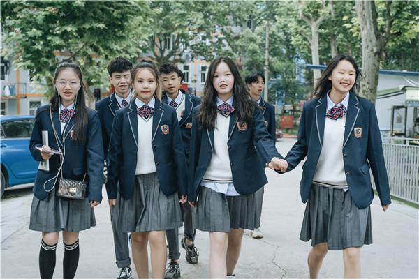 南京新华五一试学周,0元吃住学只等你来!