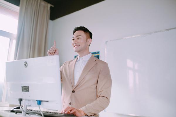 电子商务主要学什么?