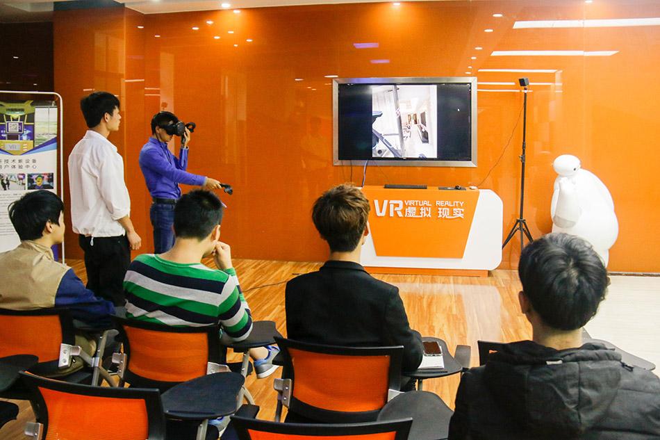 学生与老师互动VR体验