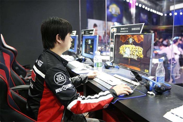 玩游戏也能为国争光—电子竞技亚运会比赛中国队夺冠